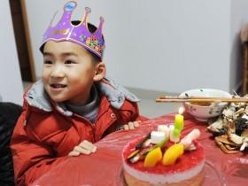 Yoyo四周岁生日快乐